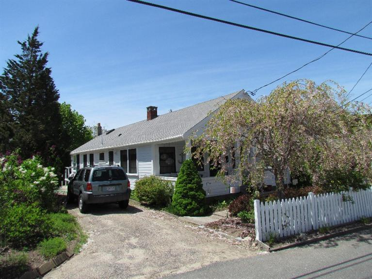 New  4 Bedroom Listing in Provincetown!