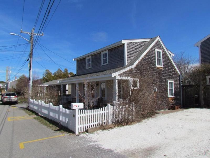 New  2 Bedroom Listing in Provincetown!