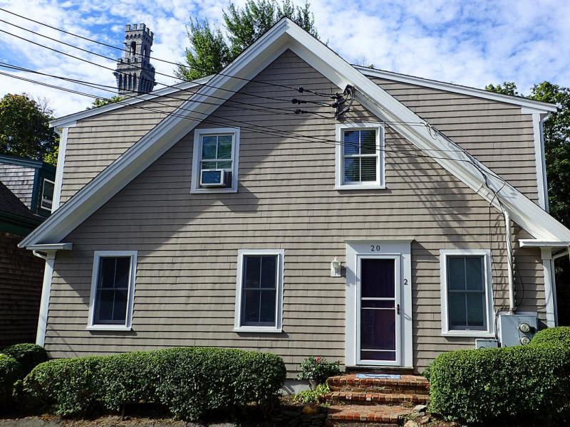 New 2 Beds 1 Bath Condo Listing in Provincetown!